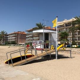 Rescue module for beach