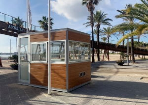 Access control and information kiosk in Puerto de Alcudia