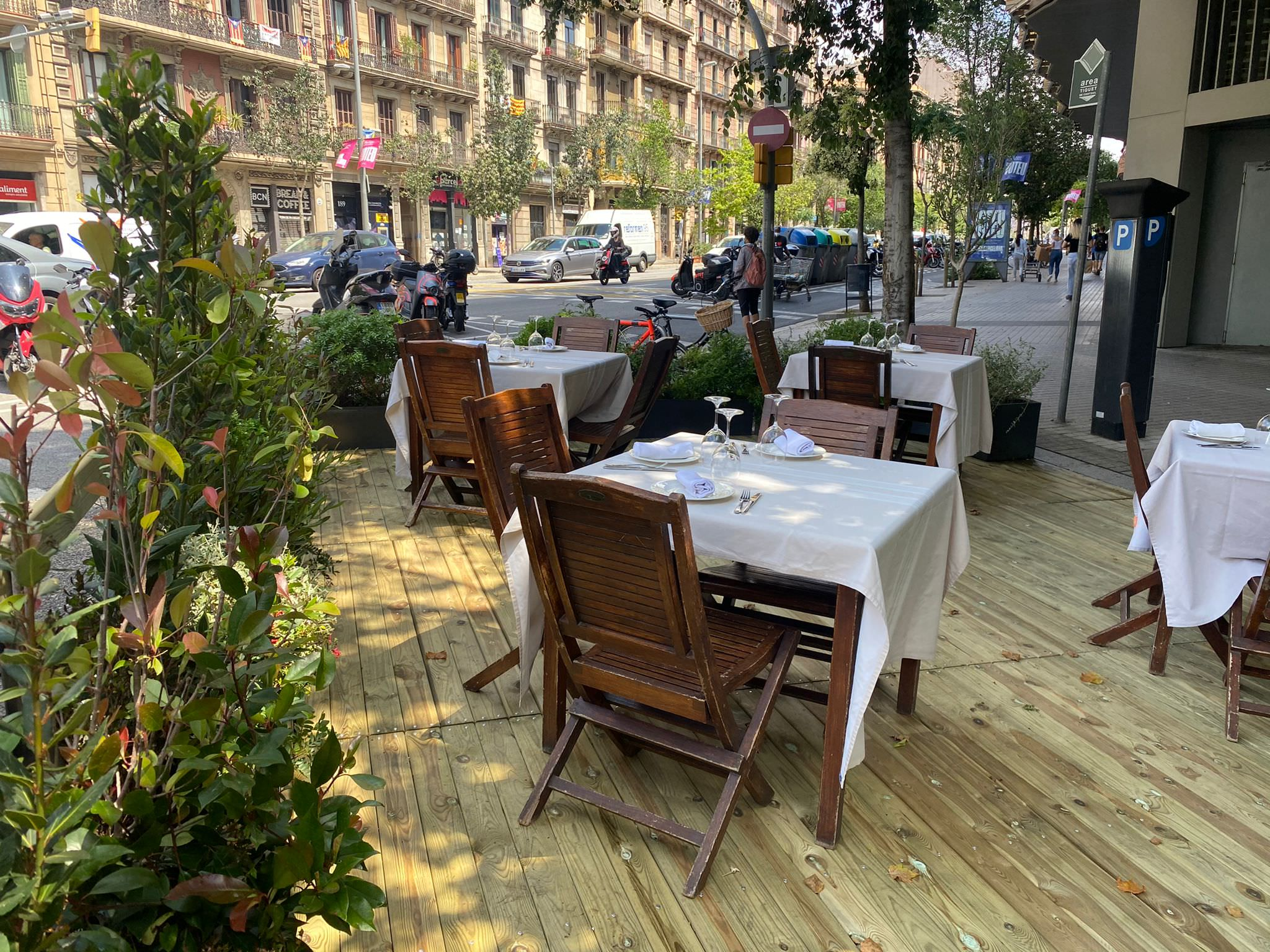 Urbadis Pataforma bar terraza Barcelona